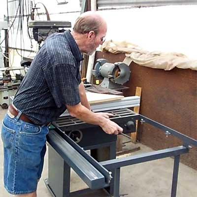 Table Saw Fence Diy Videos Make Your Own Table Saw Guide