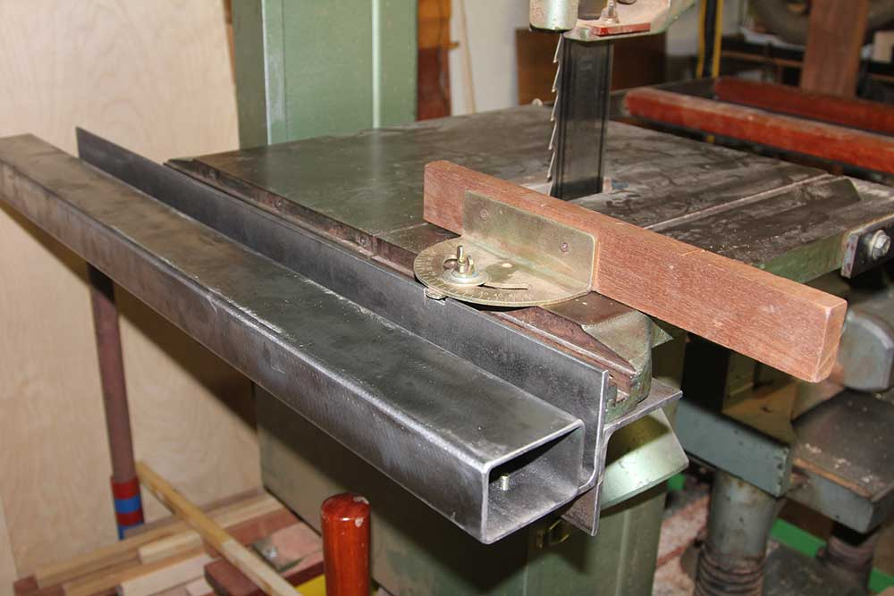 band-saw-guide-rail