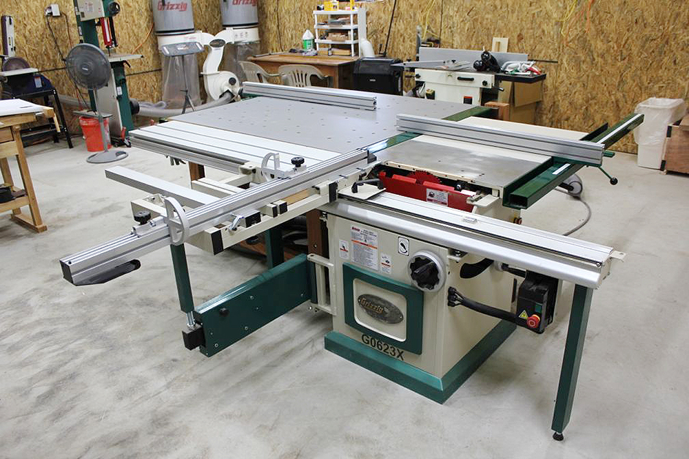 Sliding table saw with awesome router table setup sliding table saw greentooth Choice Image