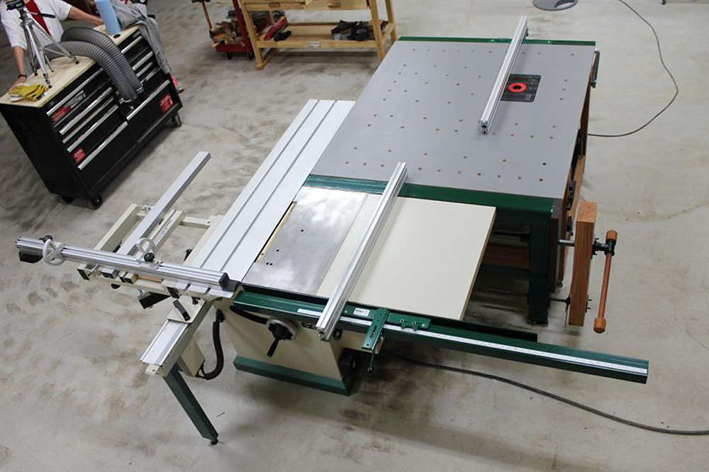 Sliding table saw with awesome router table setup sliding tablesaw router table greentooth Choice Image